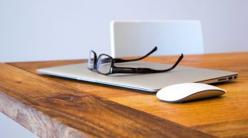 Laptop, glasses and mouse: Innovation Conversations from Cecilia Unlimited - Peter Fullagar, Kinneir Dufort
